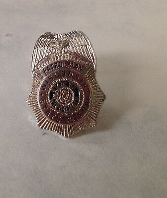 WI  WISCONSIN STATE POLICE MINI BADGE PIN - NEW POLICE LAPEL PIN