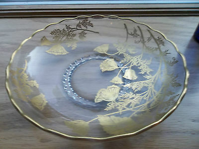 Vintage Beautiful Large Seving Display Scalloped Bowl with Gold Flowers