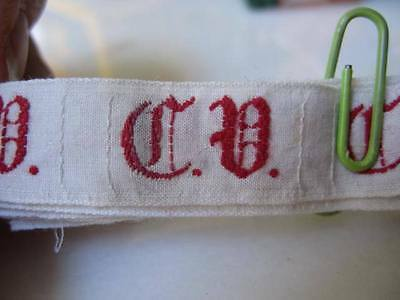 36 ANTIQUE GERMAN MONOGRAMS C.V. Red Embroidery FAB Old Script-Use many Ways