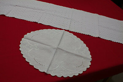 VINTAGE LOT OF 2PC COTTON TABLE RUNNER DRESSER SCARF & OVAL EMBROIDERED DOILY