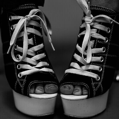 100 Eyelets 4mm in Gun Metal and other Colours Grommets, Scrapbook Art and Craft