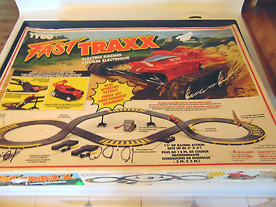 TYCO FAST TRAXX HO Slot Racing Set 1992 Model 6207C