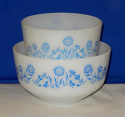 Vintage Federal glass milk white  blue flower mixing bowl set 1.5 and 2.5 quart.