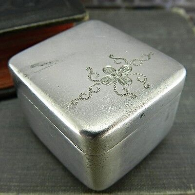 Vintage Sterling Silver Snuff/ Pill Box with Etched Flower