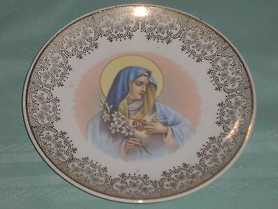 Nice Vintage Gold Trimmed Homer Laughlin Mary Plate