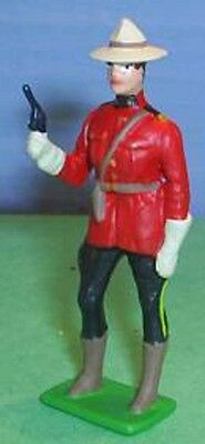 TOY SOLDIERS METAL ROYAL CANADIAN MOUNTED POLICE RCMP OFFICER WITH PISTOL 54mm