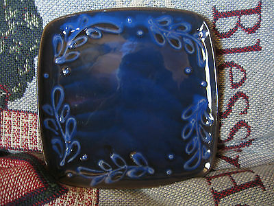 """Ceramic DISH,cobalt blue,made in Italy,shiny glaze, 6 5/8"""" sq,leaves,signed NICE"""
