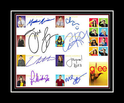 GLEE -Matthew Morrison, Cory Monteith, Lea Michele, +5 Cast matted print display