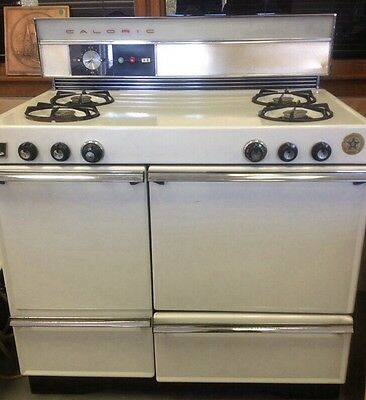 Vintage Caloric Gas Stove, Oven, And Gas room Heater  AT