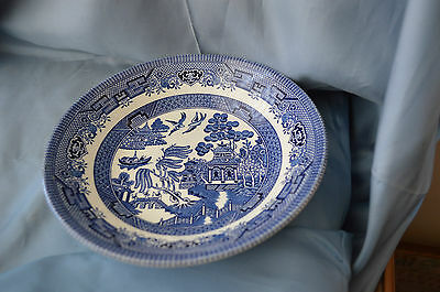 CHURCHILL ENGLAND  Blue Willow Cereal/ Side Bowl