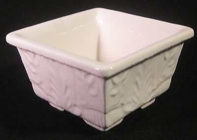 Haeger 604 Footed Planter White Cream Tan Leaf Pattern Marked USA 604