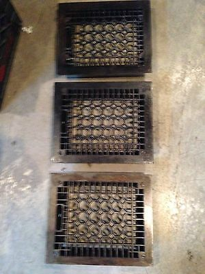 Gr 42 Three Available Honeycomb Cast-Iron Heating Great No Vents Antique