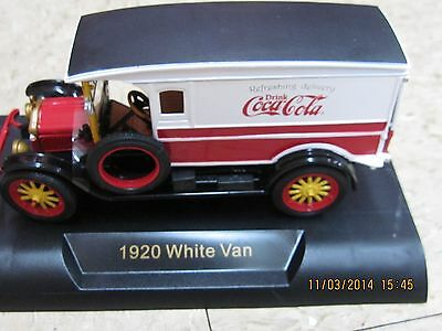 "Coca-Cola White  1920 Van  - Truck - ""Refreshing Delivery"" 1:32 Sc (#441761) NEW"