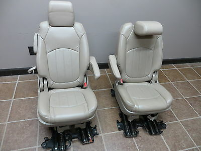 2009 Buick Enclave 2Nd Row Captain Seats Bucket Tan Leather Fold Down 09 Oem