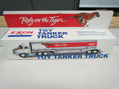 EXXON 1992 TANKER No. 1 in the series. VERY RARE COLLECTIBLE