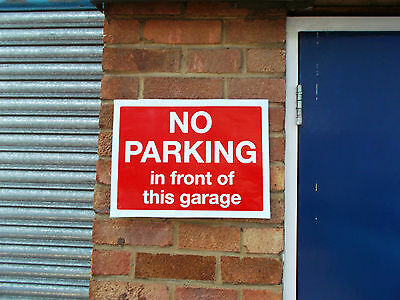 No Parking in Front of this Garage / Gates / Anytime sign (024-10)