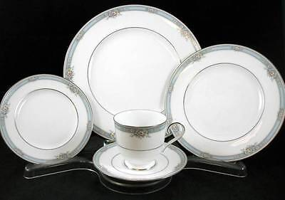 Noritake AINSWORTH 5 Piece Place Setting 4104 SHOWROOM INVENTORY MINT
