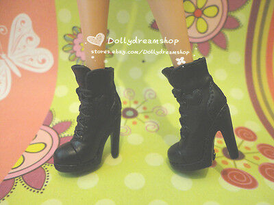 Doll Shoes ~ Barbie Mattel Style Fashion Black Short boot shoes 1pair #S1854