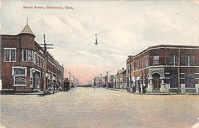 Claremore Oklahoma Street Scene Of Unspecified Road Antique Postcard V11047
