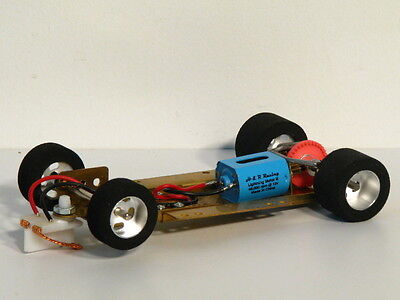 HRCH04 1/24 RTR adjustable Chassis 40,000 rpm motor and with Fish rear tires