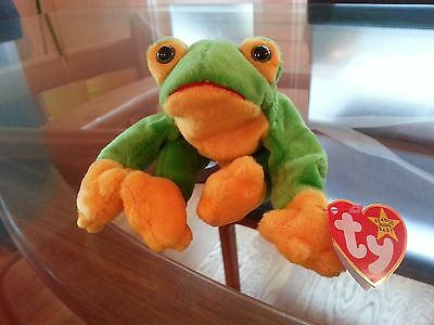 'Smoochy' the Frog Ty Beanie Baby - MINT - RETIRED