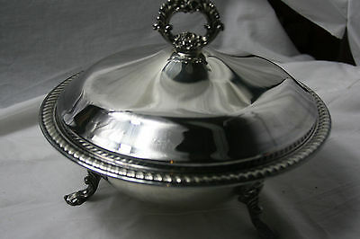 F.B. Rogers 1158 silver serving dish with lid and 1.5 quart glass pyrex liner.