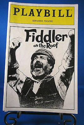 "Playbills 1990'S""FIDDLER ON THE ROOF"" for The Gershwin January 1991 Check it @UT"