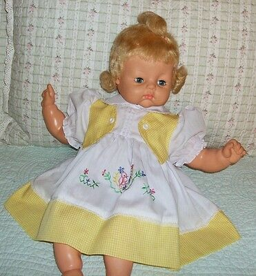 """Embroidered Yellow DRESS & Bloomers for 22-24"""" Horsman Softee Babydolls"""
