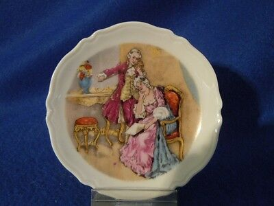"""VINTAGE LIMOGES MINIATURE PLATE """"FRENCH COUPLE"""" - GDA MARK"""