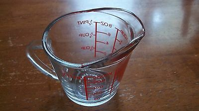 Anchor Hocking Oven Basics 1 Cup 1/2 P 8 oz & Metric Measuring Cup  D Handle 496