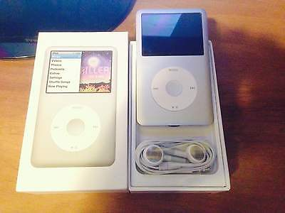 Apple iPod classic 7th Generation Silver 160 GB VERY EXCELLENT Condition
