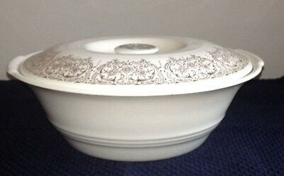 """Vintage Triumph American Limoges """"China d'Or"""" Covered Casserole"""