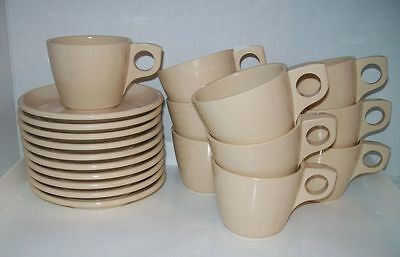 Boonton Melmac 20 pc Set of Cups and Saucers Excellent Condition Beige