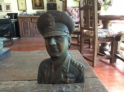 Juan Domingo Perón interesting old bronze 18 x 13 cm Rare Militar General figure