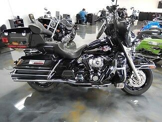 Harley-Davidson : Touring 2005 black ultra classic all blacked out