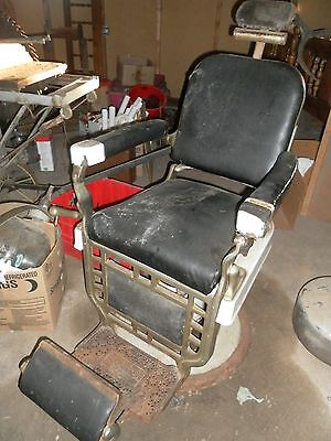 ANTIQUE EARLY 1900'S BARBER'S CHAIR MFG.BY THEO.A.KOCHS COMPANY,CHICAGO,ORIGINAL