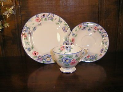 RARE EXCELLENT Royal Albert CATARINA TRIOS/CUPS, SAUCERS & TEA PLATES