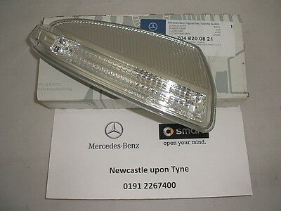 Mercedes-Benz W204 C-Class RH (Drivers) Blinker Indicator Lamp A2048200821 NEW