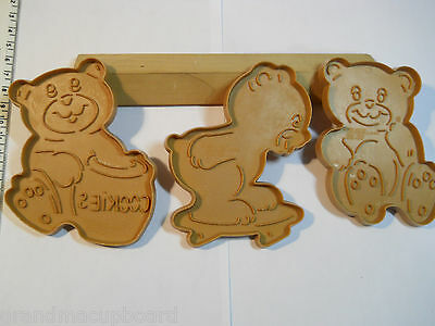 Vintage 1990 Set 3 Wilton Brown Teddy Bears Cookie Cutters Skating Cookie Jar