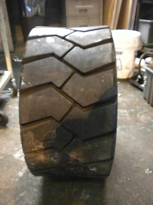Dico Wide Trac Tire 25x12-12NHS (44P2K6)