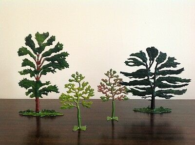 Britains Lead Toy Tree Lot of 4 Fabulous Vintage Condition.
