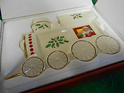 "NIB- LENOX ""For the Holidays"" HOLIDAY TRAIN SPOON REST"