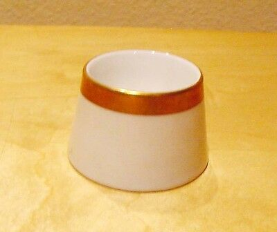 Hutschenreuther SELB BAVARIA CHINA  Egg Cup