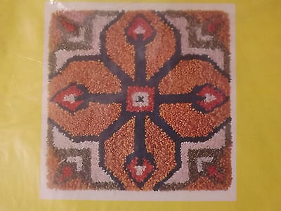 Vtg Spinnerin MID CENTURY 18x18 PORTUGUESE TILE Latch Hook Rug Canvas Pattern