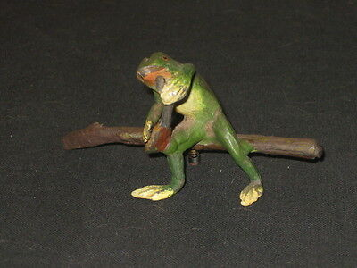 ANTIQUE COLD PAINTED VIENNA BRONZE FROG PLAYING MANDOLIN 1900s
