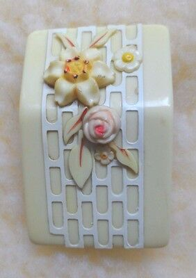 """Lovely Delicate Pale Yellow 30s-40s Celluloid Floral Dress Clip 2 """" x 1 1/4"""""""