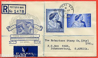 SG. 493/494. QCom10 - 11. 2½d Ultramarine and £1.00 blue. FIRST DAY COVER