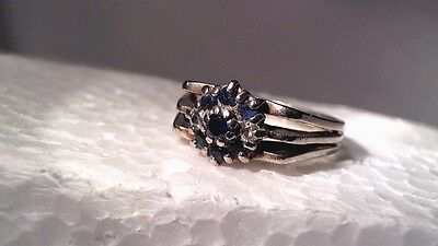 VINTAGE 18K GOLD(SOLID) ESTATE RING W/ BLUE SAPPHIRES & NATURAL DIAMONDS JEWELRY