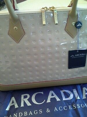ARCADIA made in italy  leather med Bugatti bag in cream