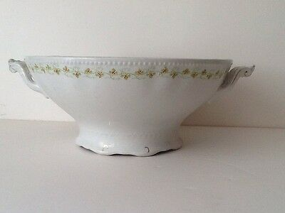 Vintage W H Grindley & Co China Serving/Fruit bowl Made in England Leaf Pattern